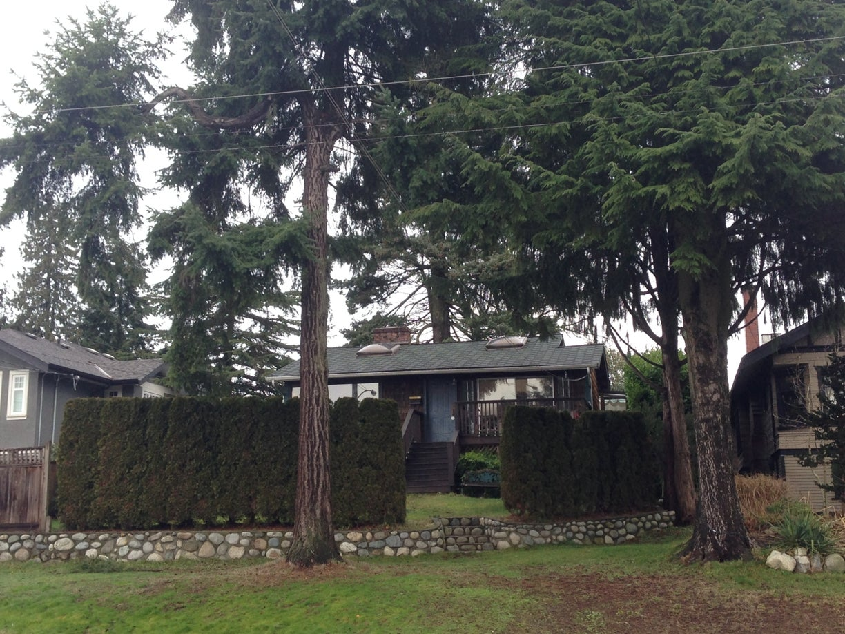 740 Keith RD  - Calverhall House/Single Family for sale, 4 Bedrooms (R2028653) #1