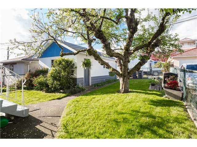 2625 ADANAC ST, V5K 2M8 - Renfrew VE House/Single Family for sale, 6 Bedrooms (V1119797) #15